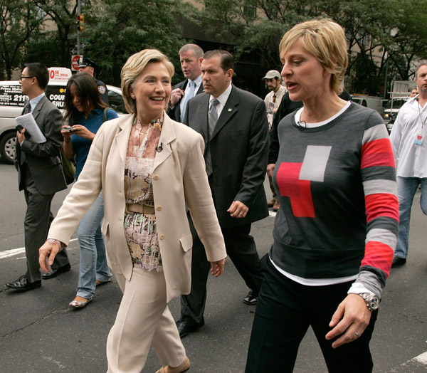 Ellen and Hill Hanging Out!