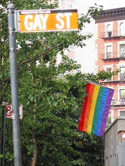 NYC Woos Gay Tourists