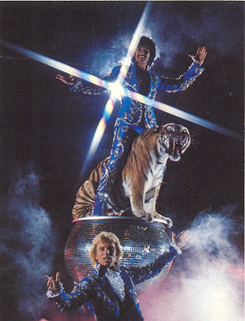 Siegfried and Roy To Bring Peace, Glitter?