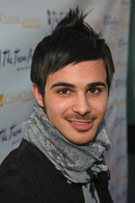 'Degrassi' Gay Comes Out