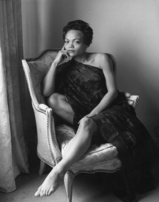 Eartha Kitt: Here's to a Life