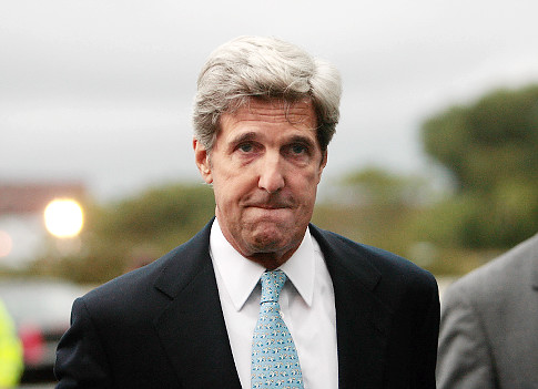 Sen. John Kerry to Rep. Hunter: You're a Lunatic, And Here's Why. Moron