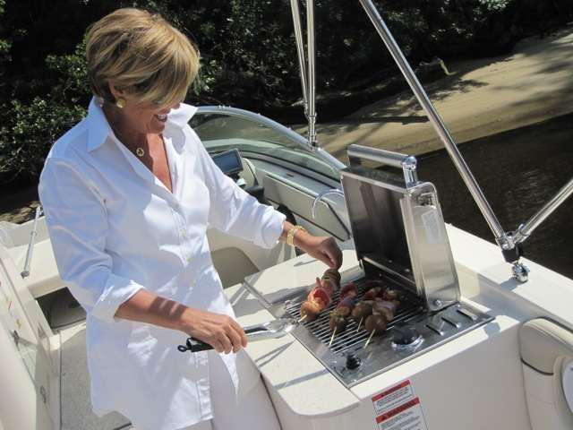 Suze Orman Eats Turds Like You For Breakfast (On Her Boat)