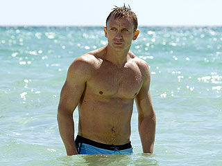 Daniel Craig Hits Up Gay Bar, Outed As 80s Music Lover