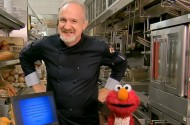 Art Smith Exploits Elmo's Friendship To Trick Oreo-Loving Kids