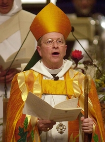 "Gene ""Gay Bishop"" Robinson Goes For Obama"