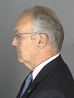 "Larry Craig ""Ungentlemanly"" Says Lawyer"