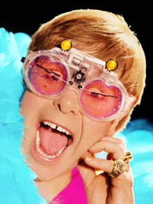 Elton Croons For Clinton