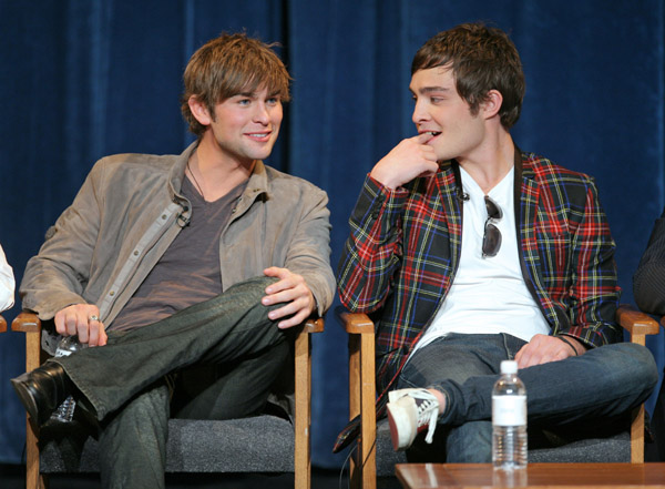 ... Brit addresses rumors that he and co-star Chace Crawford are gay lovers: