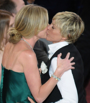 Ellen, Portia To Wed This Weekend
