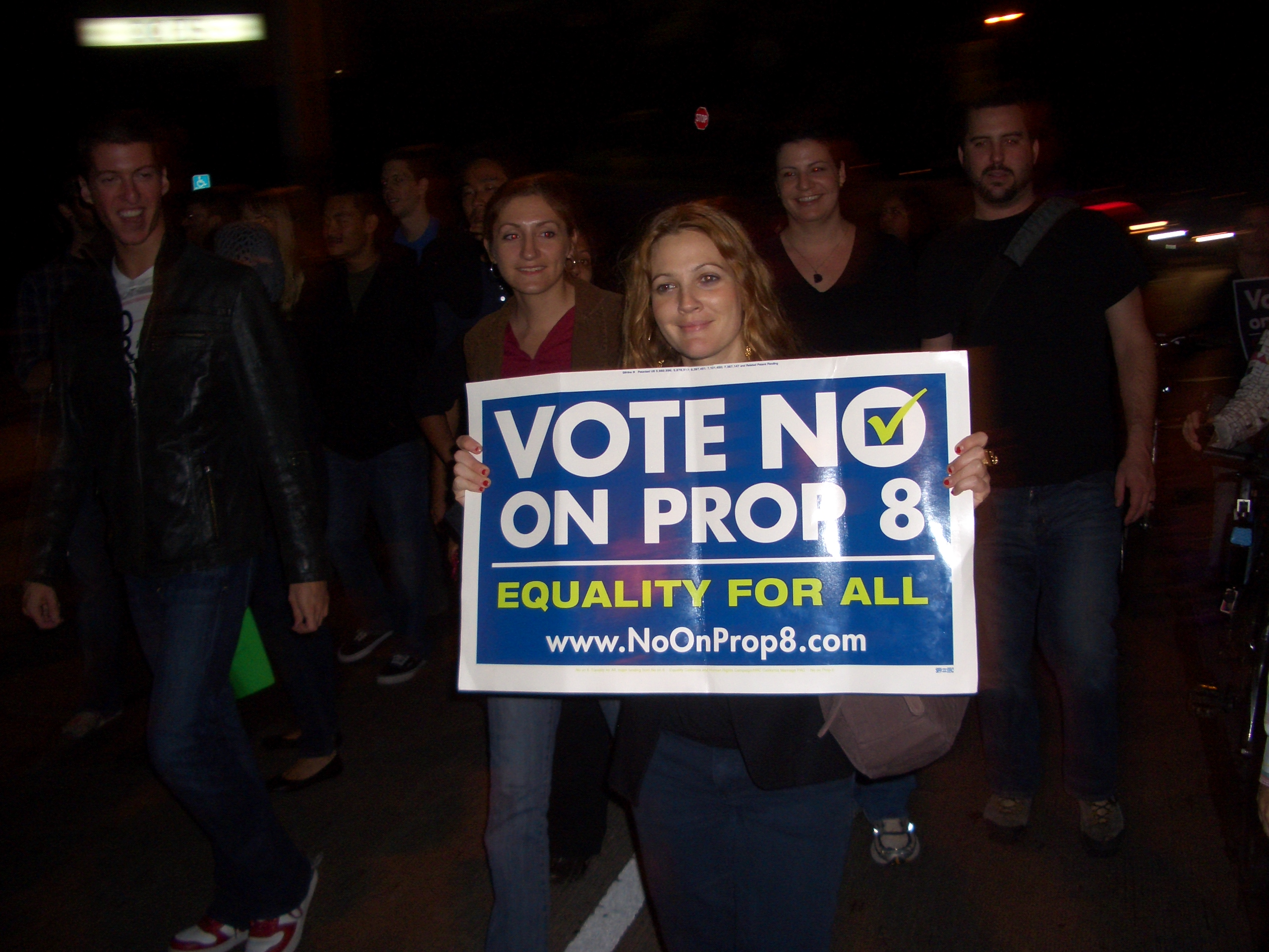 Drew Barrymore Marches with, Addresses Prop. 8 Protesters