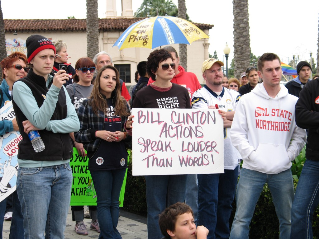 Bill Clinton Crosses Prop. 8 Picket-Line, Snubs Protesters