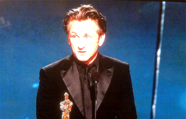 SEAN PENN WINS BEST ACTOR OSCAR
