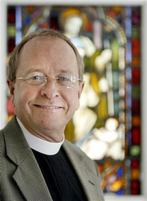 new-hampshire-episcopal-bishop-gene-robinson