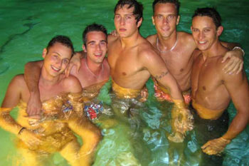 palmsprings_poolboys