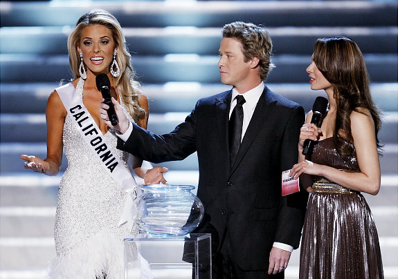 Billy Bush Hopes All Beauty Pageants Will Spark Debate on Gay Marriage