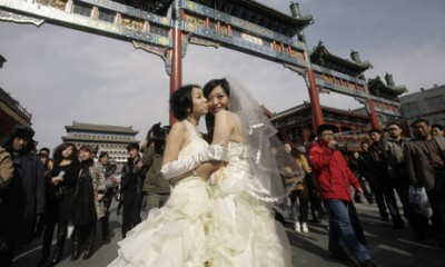 How Do Gay Chinese Avoid Disappointing Their Parents? By Faking a Straight Marriage