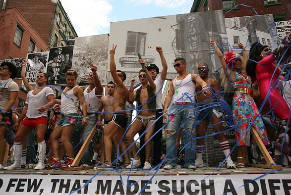 PHOTOS: Gay Pride From Around the World
