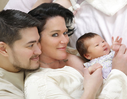 Thomas Beatie Gives Birth to a Boy!