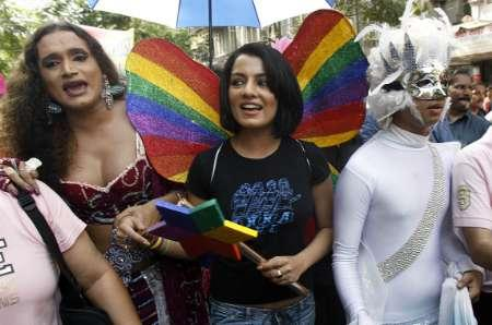 PHOTOS: Mumbai's Gays Celebrate in the Streets