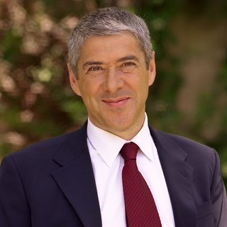 Portugal's PM José Sócrates Promised to Legalize Gay Marriage If Re-Elected. Well, He Was