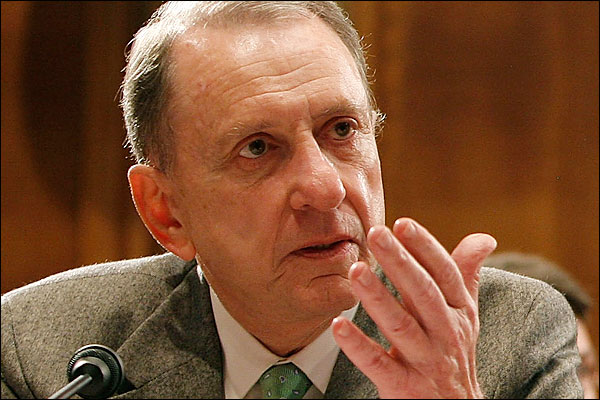 Sen. Arlen Specter Is the Gays' New BFF. Too Bad It Doesn't Matter
