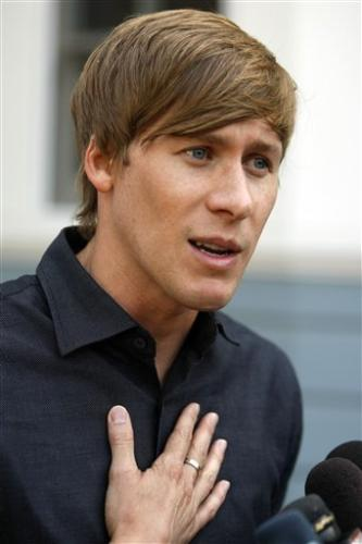 Dustin Lance Black: Naked Sex Photos Send 'Misleading Message'