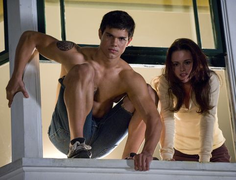 "WATCH: Skip ""Breaking Dawn."" Here's All The Shirtless Bits From The ""Twilight"" Saga"