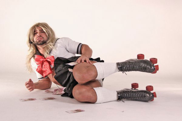 The One Time François Sagat Foregoes Knee Pads, He Needs Them