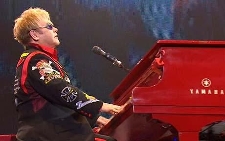 Elton John Would Make an Awesome Simon Cowell Replacement. Too Bad It'll Probably Never Happen
