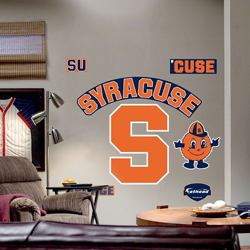 Syracuse University's $1,000 Cash Payout to Gay Staffers With Partner Health Benefits