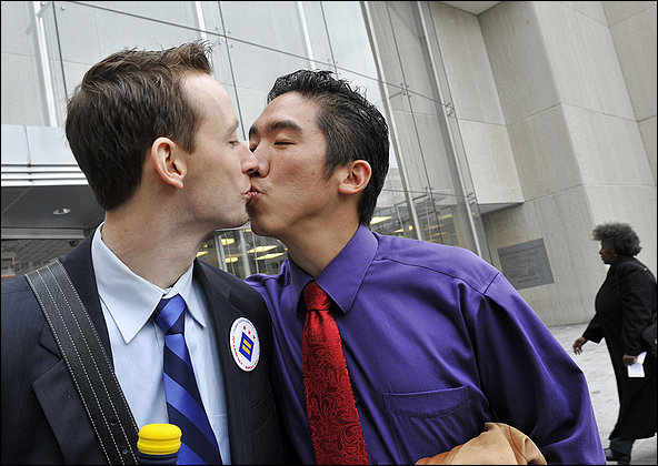 Some 27 Stupids Canceled Their Washington Post Subscriptions Over the Gay Kiss Photo