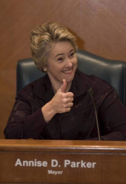 Houston Mayor Annise Parker Won't Let a Little Thing Like Men Wearing Pumps to Work Get Them Fired