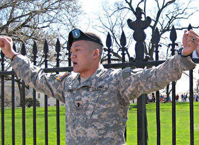 Breaking: Dan Choi + 5 Military Vets Arrested After Cuffing Themselves to White House Fence