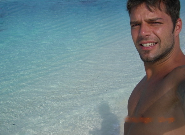 Yeah, It's The Color of the Water We're Staring At in Ricky Martin's Beach Photos