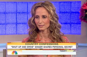 Here's Chely Wright's Coming Out Interview. It's Actually Pretty Remarkable