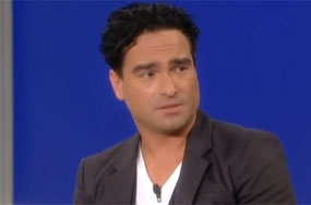 If Only All Straight Celebs Handled Gay Rumors Like Johnny Galecki