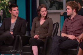 Taylor Lautner Gives Oprah 3 Reasons for Fans to Think He's Gay