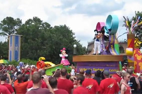 150,000 Homosexuals Storm Disney World In Search of Tinkerbell