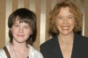 How Well Are Warren Beatty And Annette Bening Coping With Their Transgender Son?