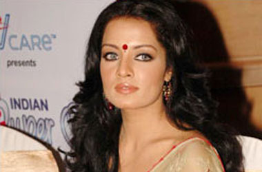 Celina Jaitley Is India's Biggest Straight Ally (Who Can't Stand Bisexual Men)