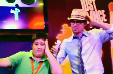 Matt Bomer Lets His Inner Club Girl Out of the Closet At Comic-Con