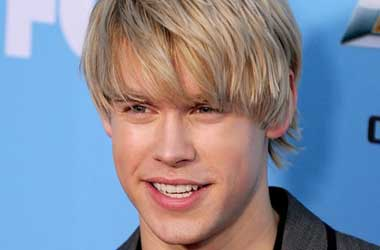 Will Glee's Chord Overstreet 'Go Full Brokeback'?