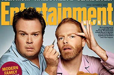 Entertainment Magazine Refuses To Show Modern Family In Gay Kiss