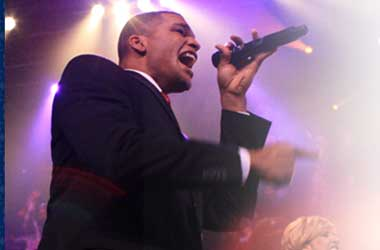 Oh Yes They Can: Germans Turn Barack Obama's 2008 Campaign Into A Musical