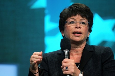 Valerie Jarrett Promises HRC's A-Gays: The White House Cares About Dead Kids