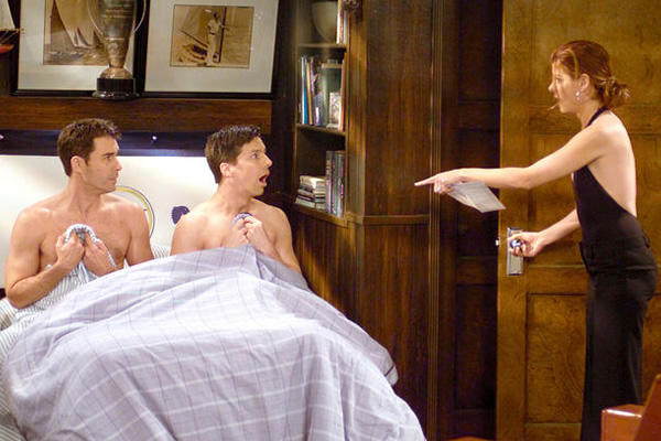 That Time Sean Hayes Streaked For Will & Grace's Cast And Crew
