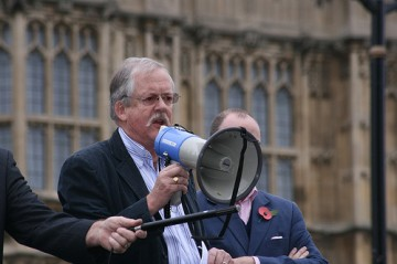 British Lawmaker Roger Helmer Simply Wants Gays To Have The Option of Therapy