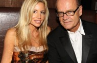 Kelsey Grammer Cross-Dresses In La Cage. And In The Bedroom?