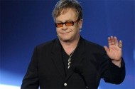 Your $1,000 Chance To See Elton John Perform For The Prop 8 Crowd Is About To Disappear